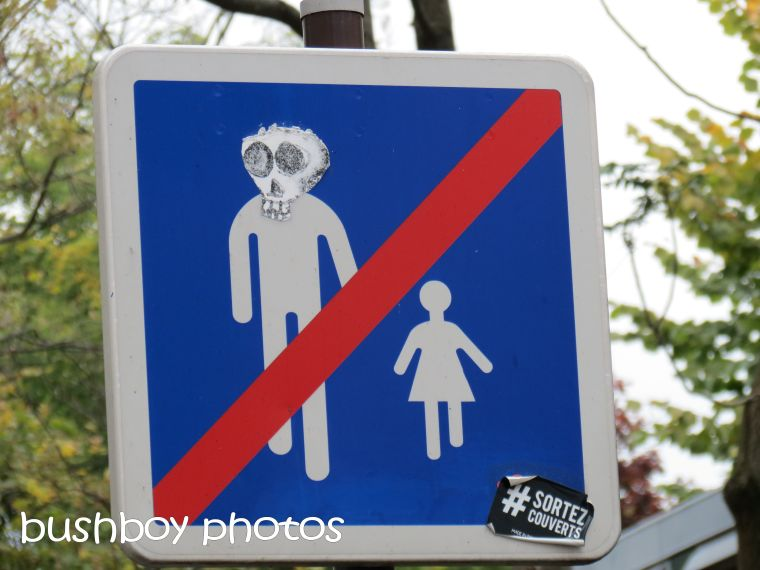 sign_paris_named_oct 2015