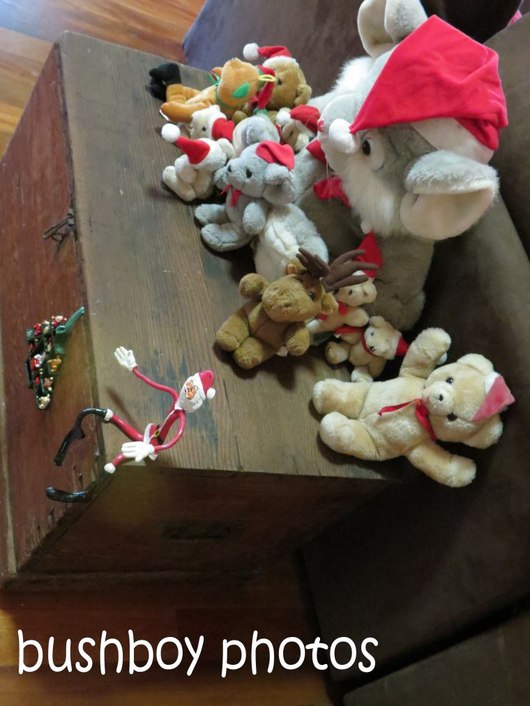 170623_blog challenge_teddy bears dolls and toys_christmas toys