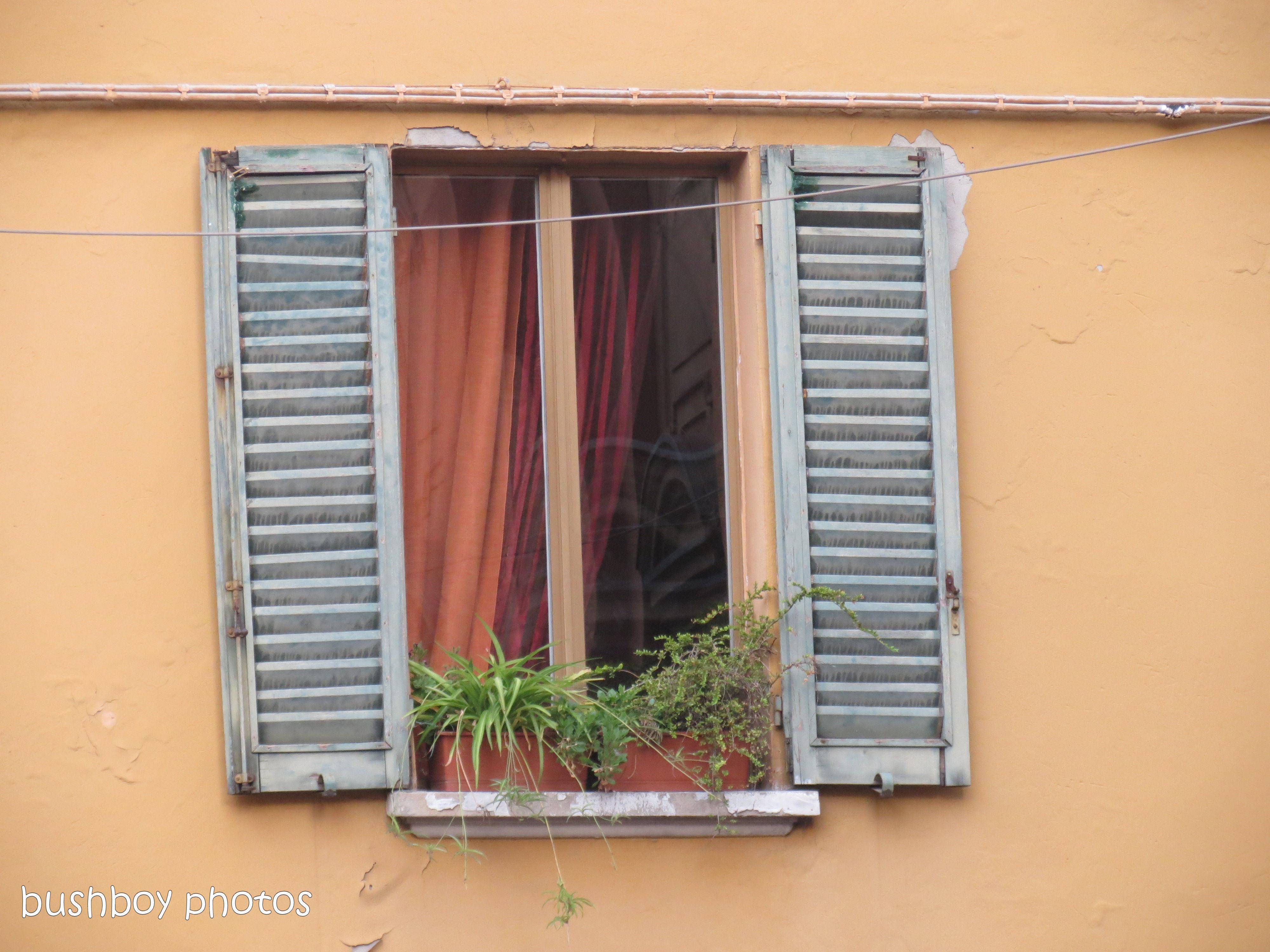 170817_blog challenge_windows_italy_bologna1