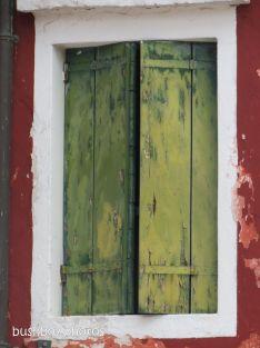 170817_blog challenge_windows_italy_burano shutters
