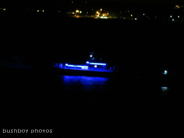 170913_blog challenge_dark_blue boat