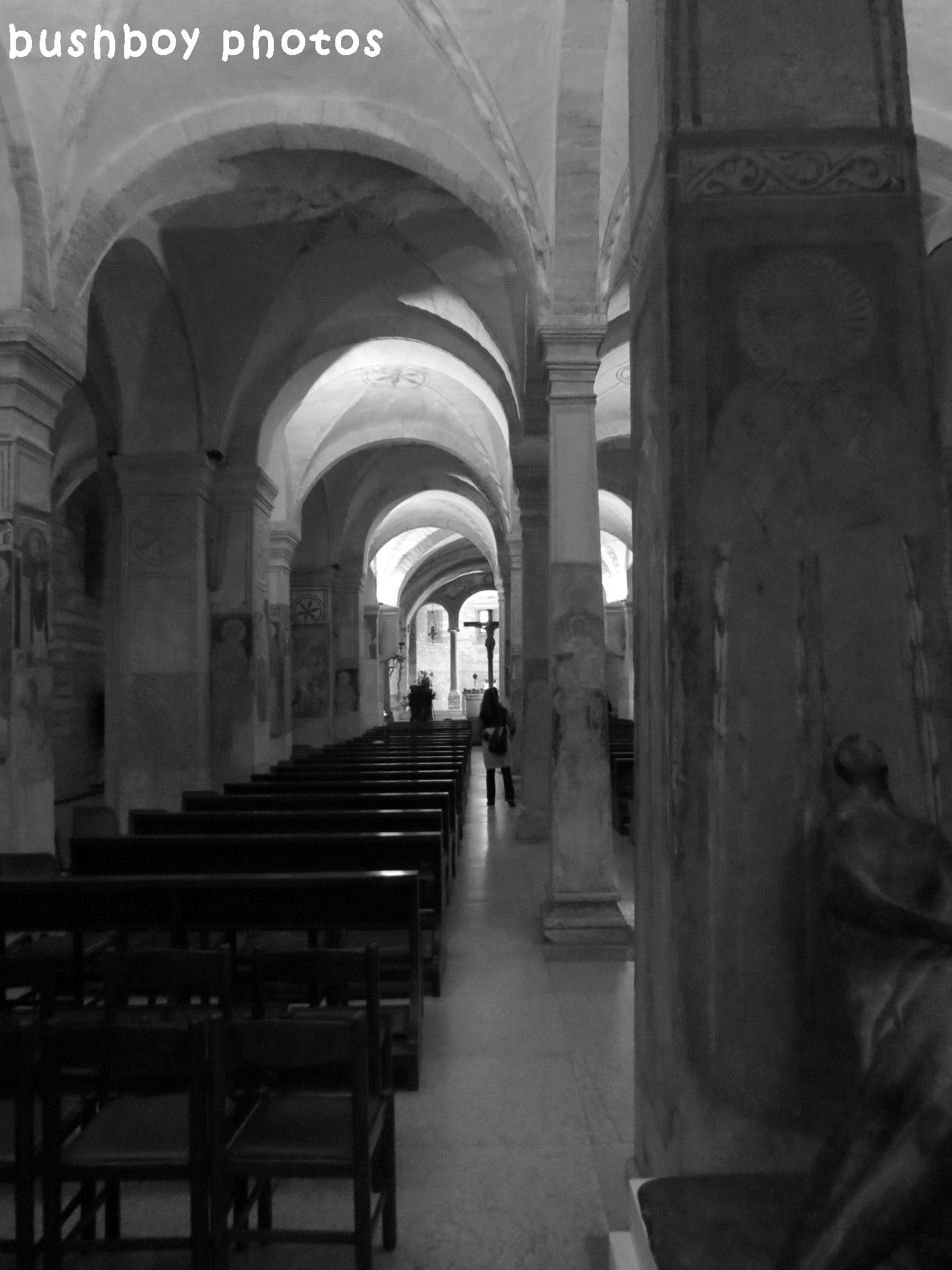 171013_blog challenge_hallways walkways indoor_church_bologna