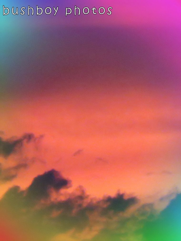 171218_sunset_experimental_rainbow