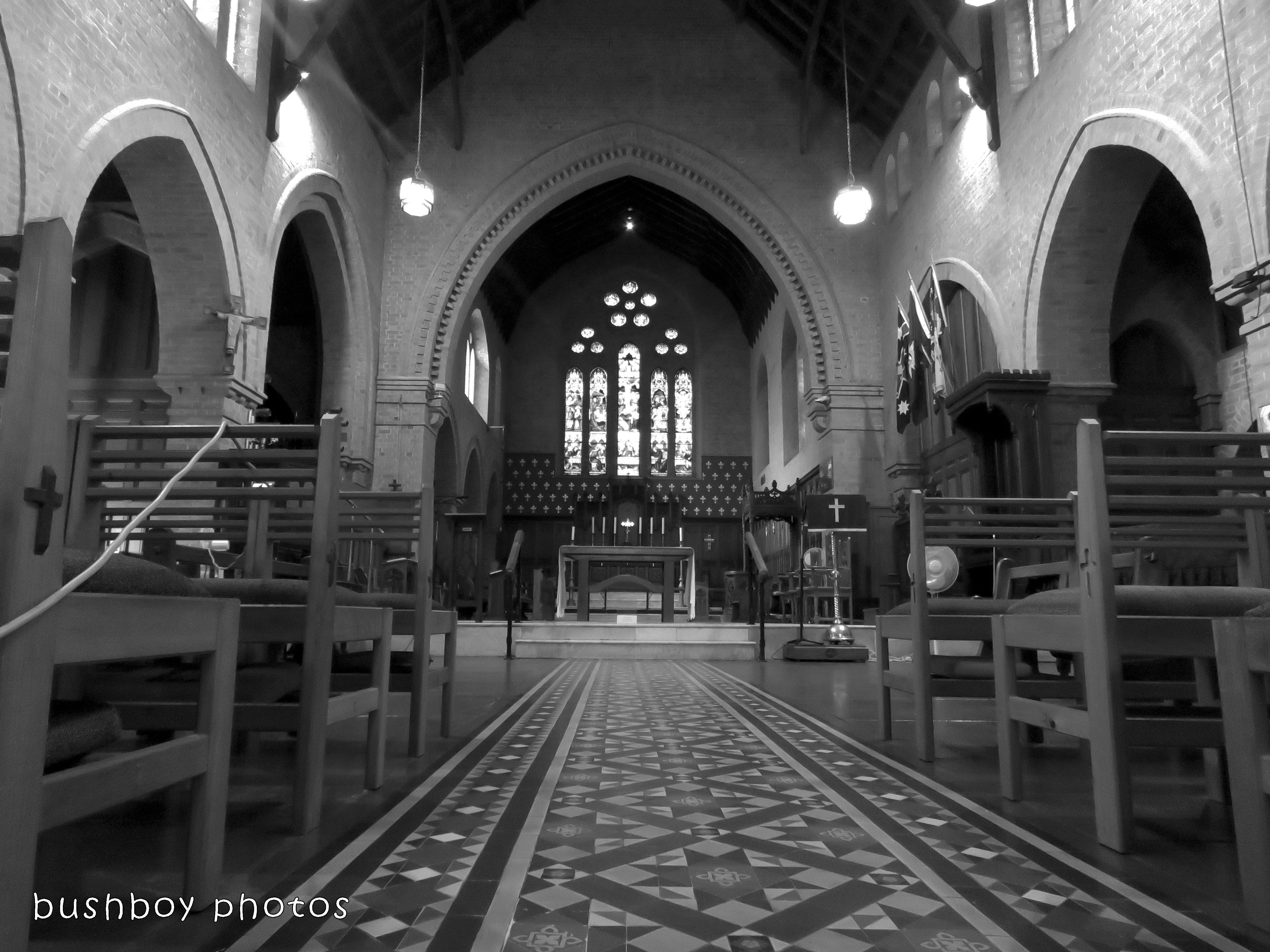 180228_blog challenge_traces of the past_grafton catherdral_aisle to back