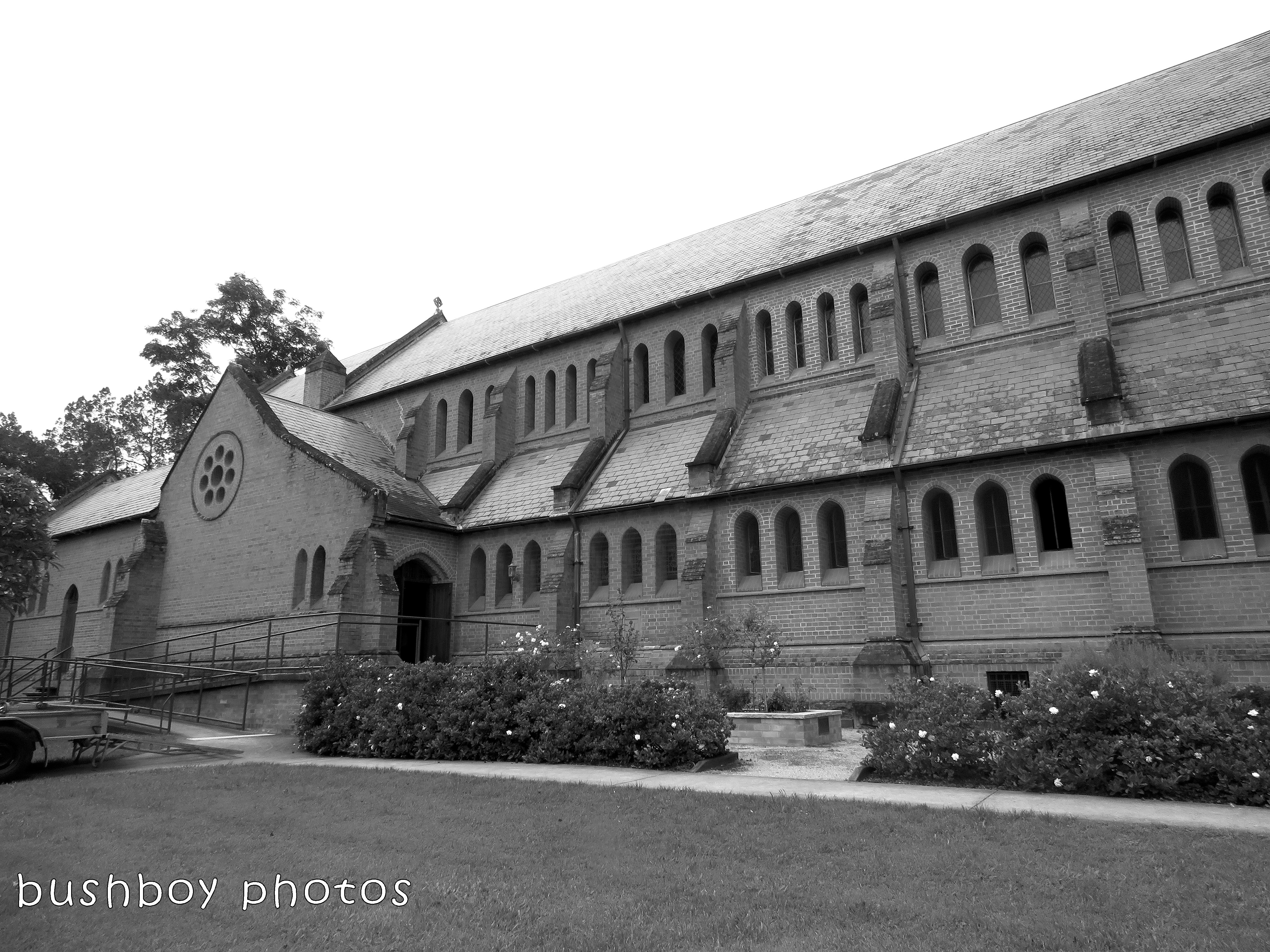 180228_blog challenge_traces of the past_grafton catherdral_side duke2