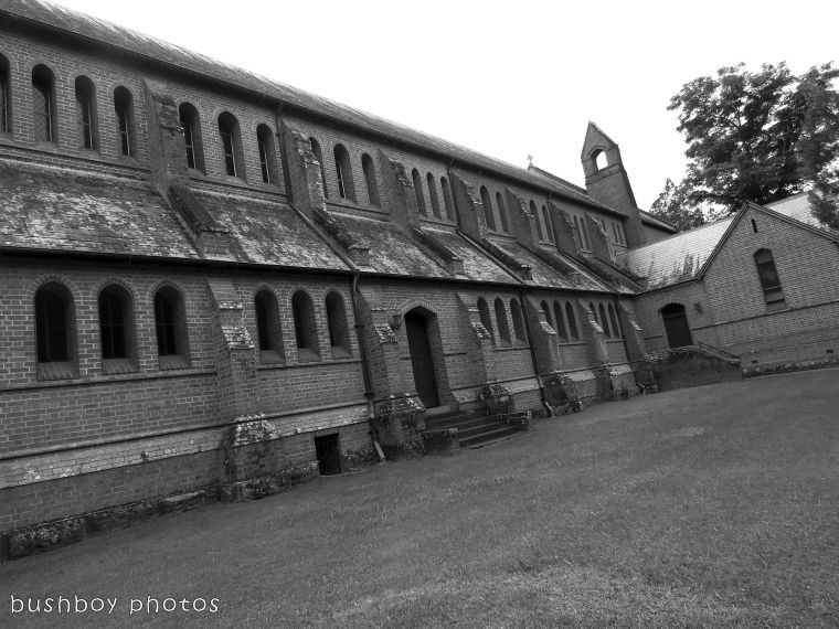 180228_blog challenge_traces of the past_grafton catherdral_sidevic