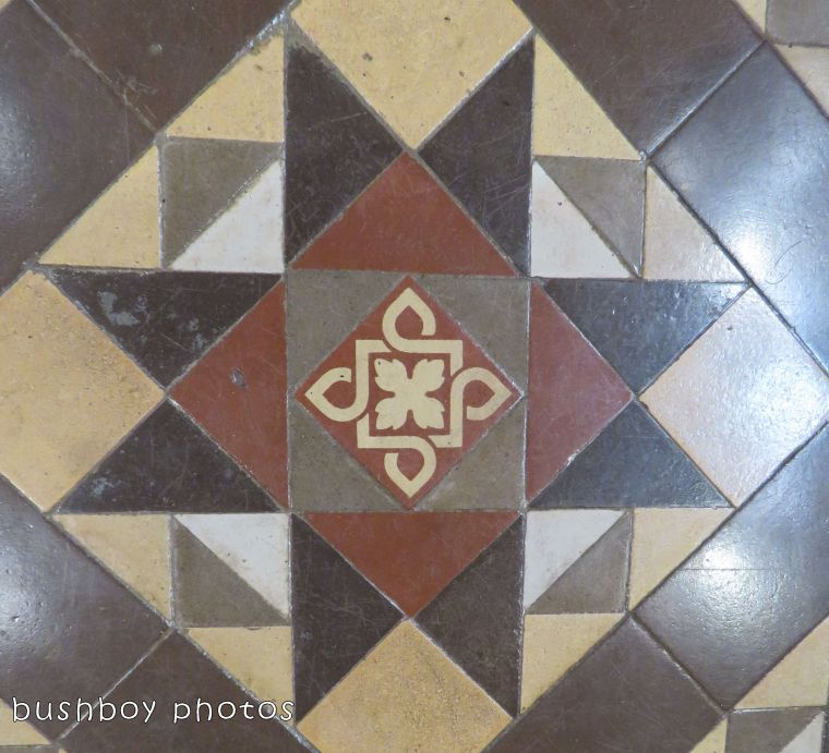 180311_square march_tiled floor03