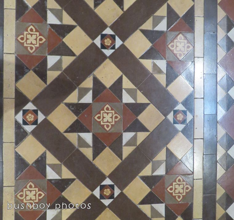 180331_square march_tiled floor whole