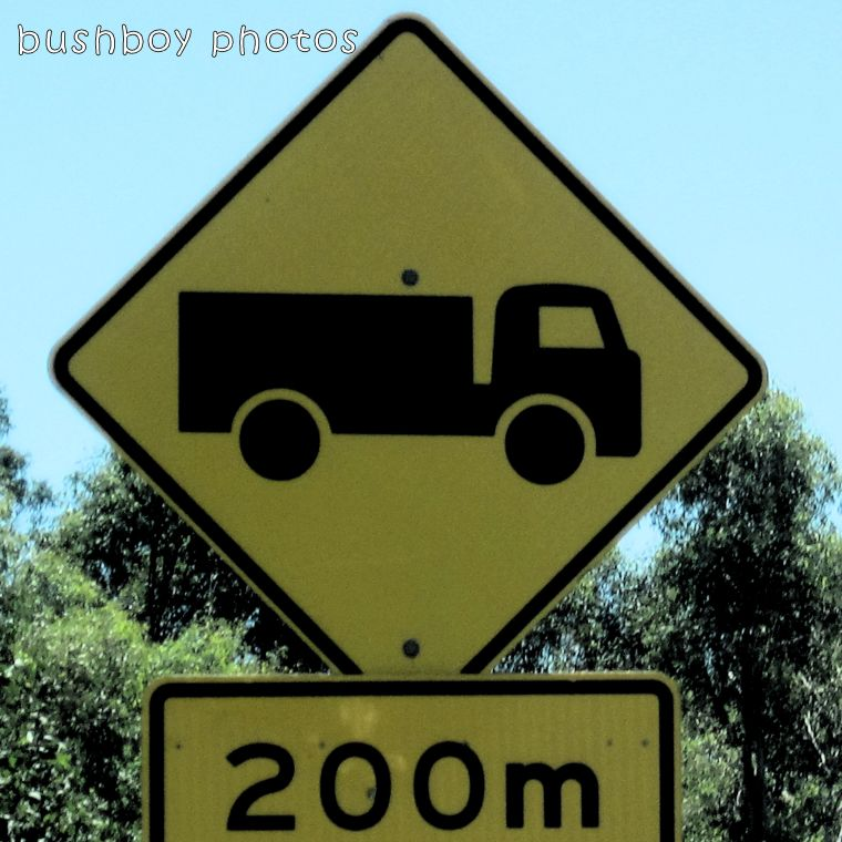 road signs_truck