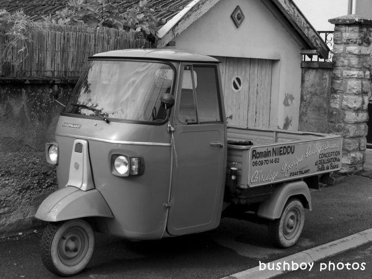 180406_blog challenge_blackandwhite_cars_trucks_motorcycles_truck_dijon