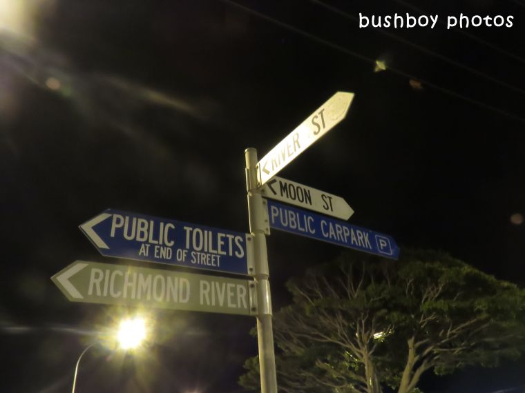 180407_which way_ballina st sign