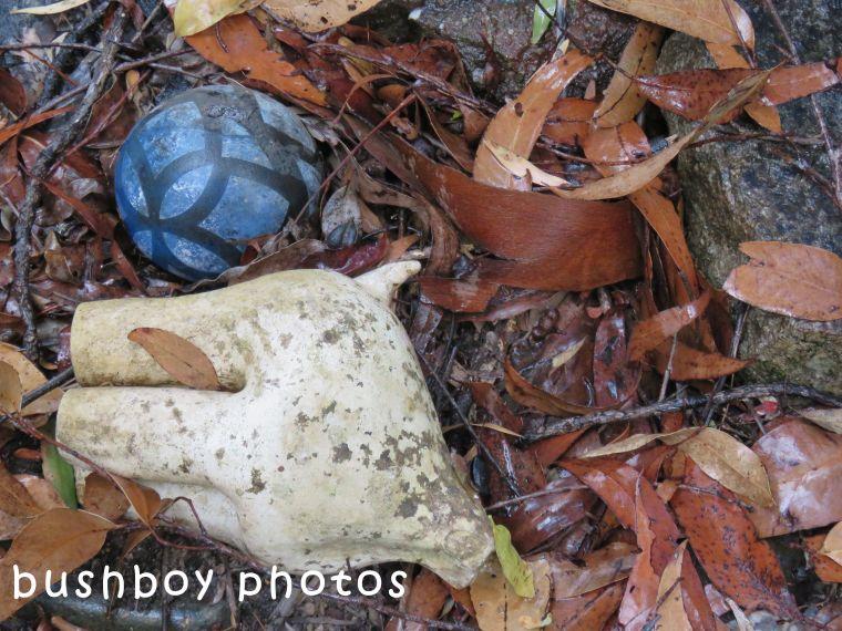 180504_odd ball_blue ball