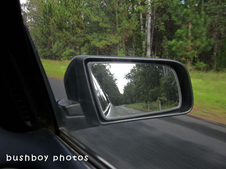 180510_blog challenge_which way_car mirror