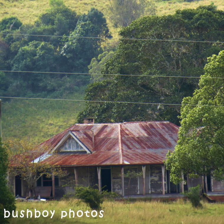 180605_square rooves_house_bentley