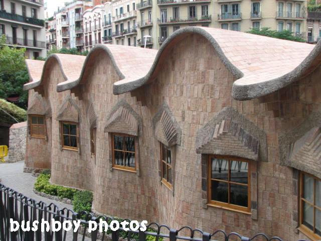 180607_blog challenge_arch_gaudi_barcelona
