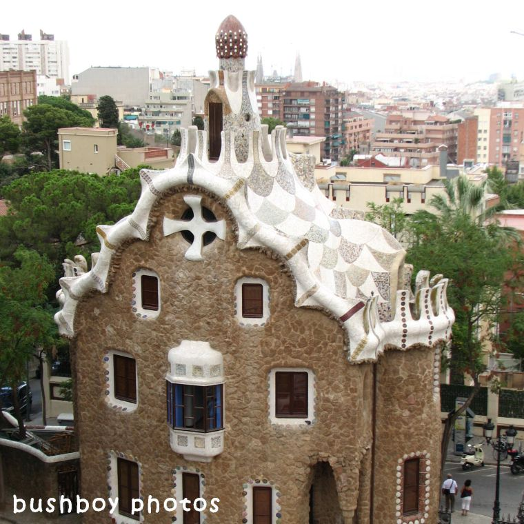 180610_square rooves_gaudi_barcellona