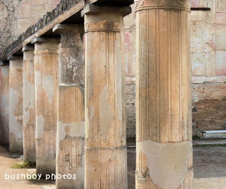 180614_blog challenge_columns_vertical lines_pompeii