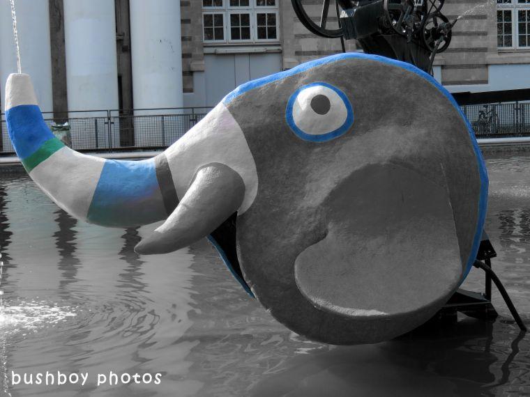 180713_blog challenge_fountains_black and white_elephant2_paris
