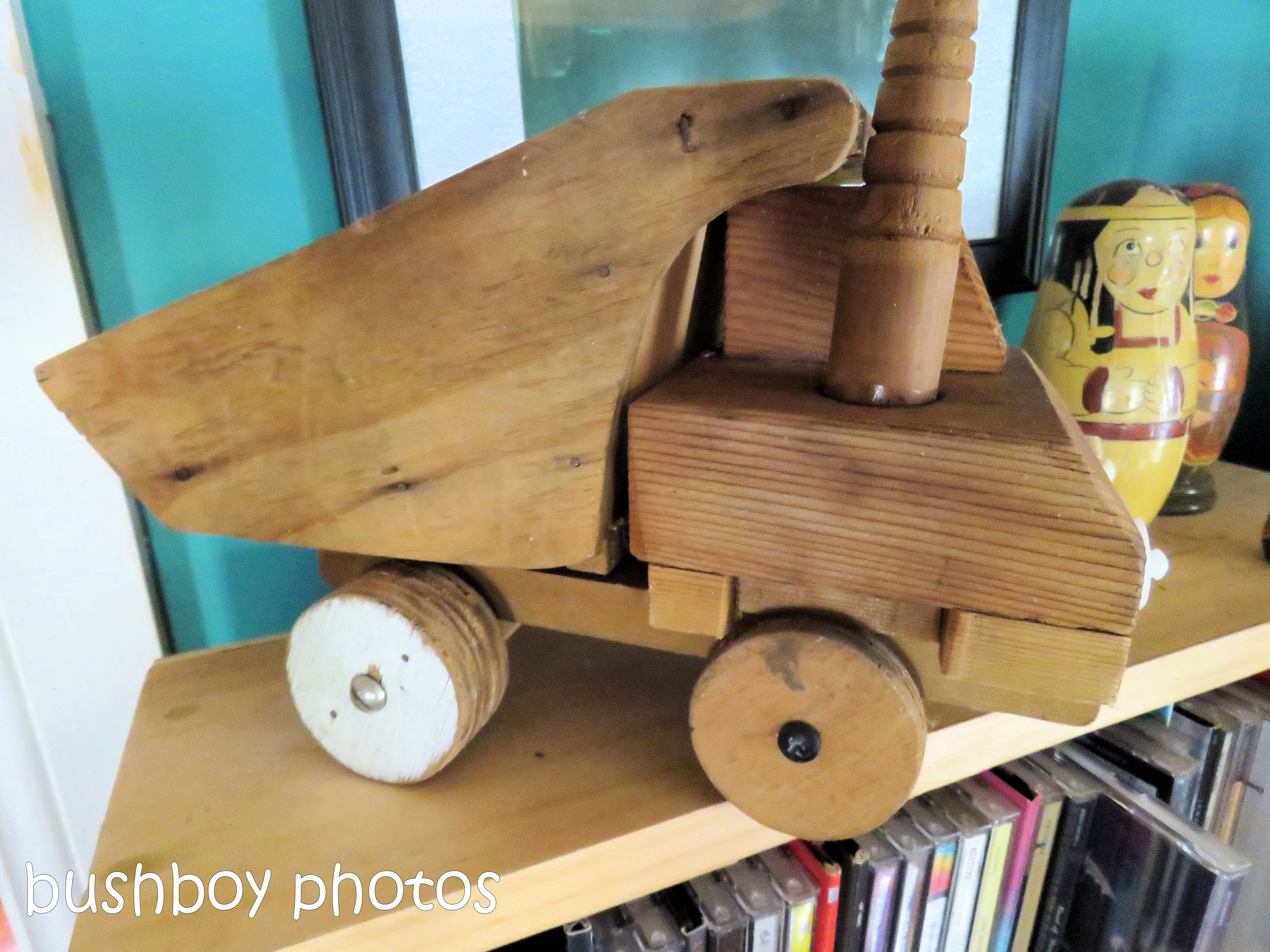 180816_blog challenge_toys_tip truck