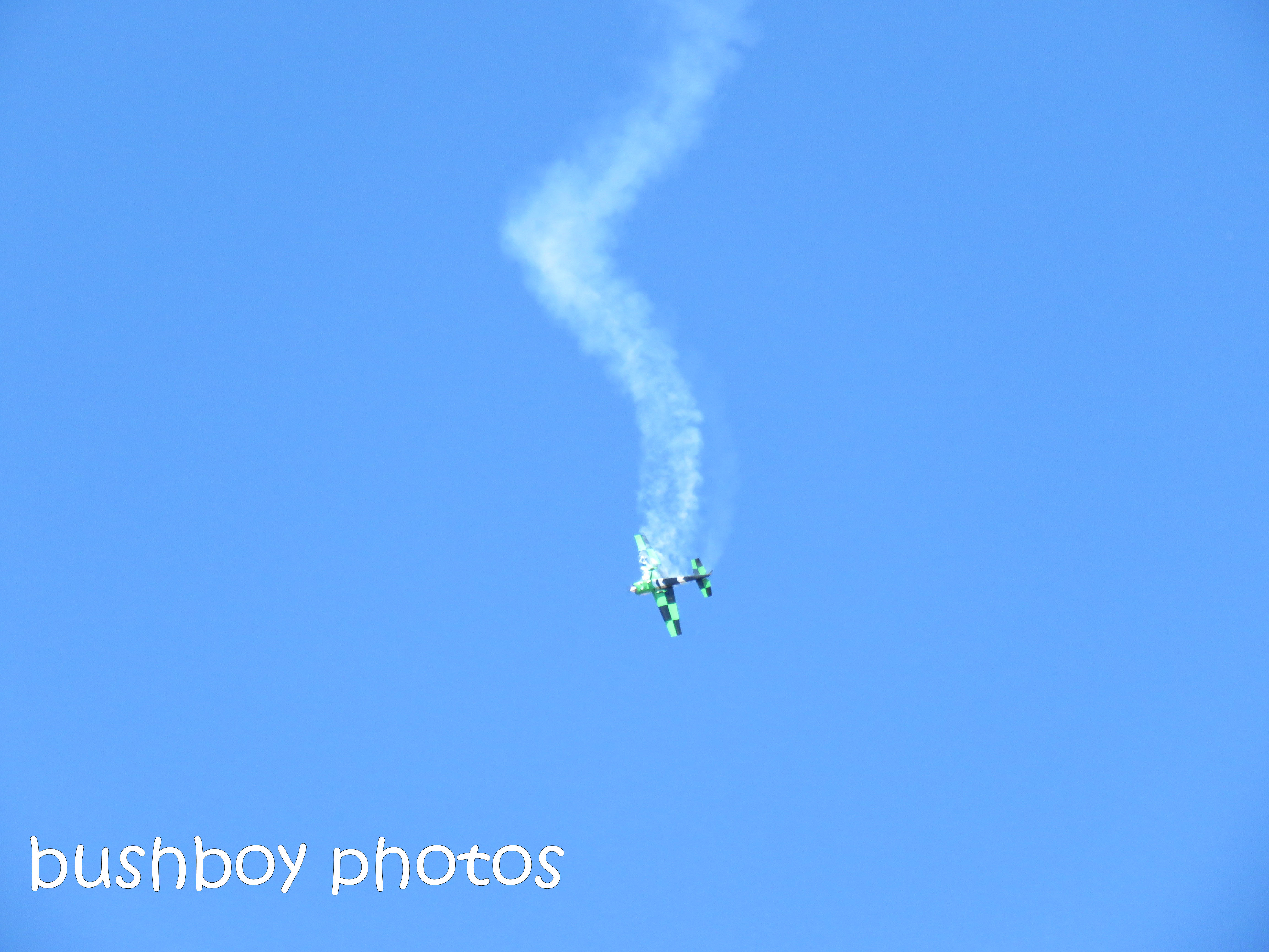 plane_stunt1_lismore air show_named_july 2018