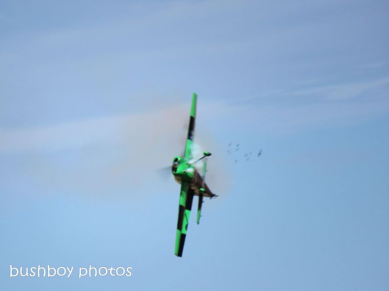 plane_stunt_bits_lismore air show_named_july 2018