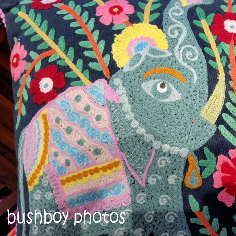 180913_blog challenge_pink square_cushion cover_elephants