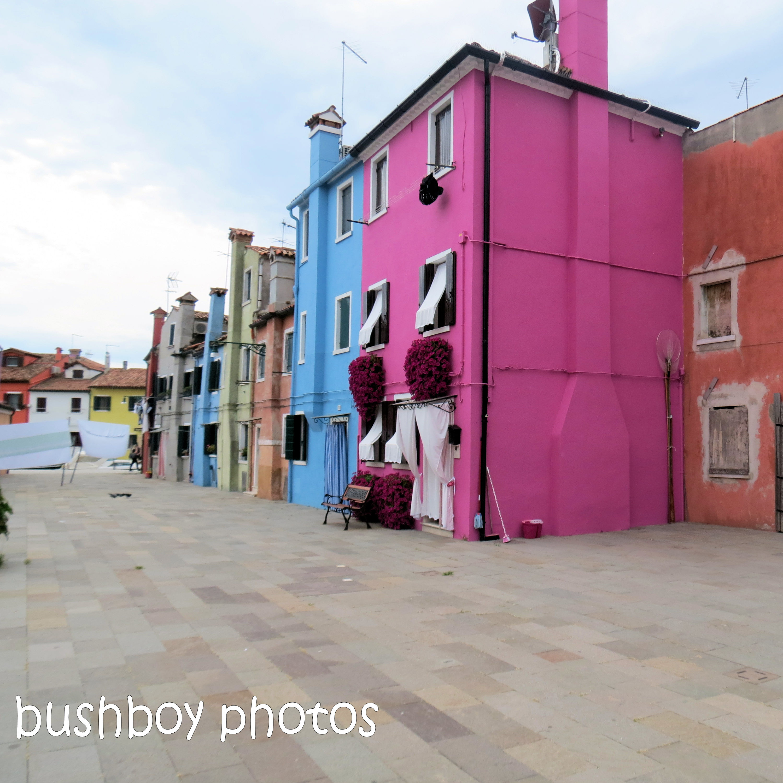 180918_blog challenge_pink square_burano_house