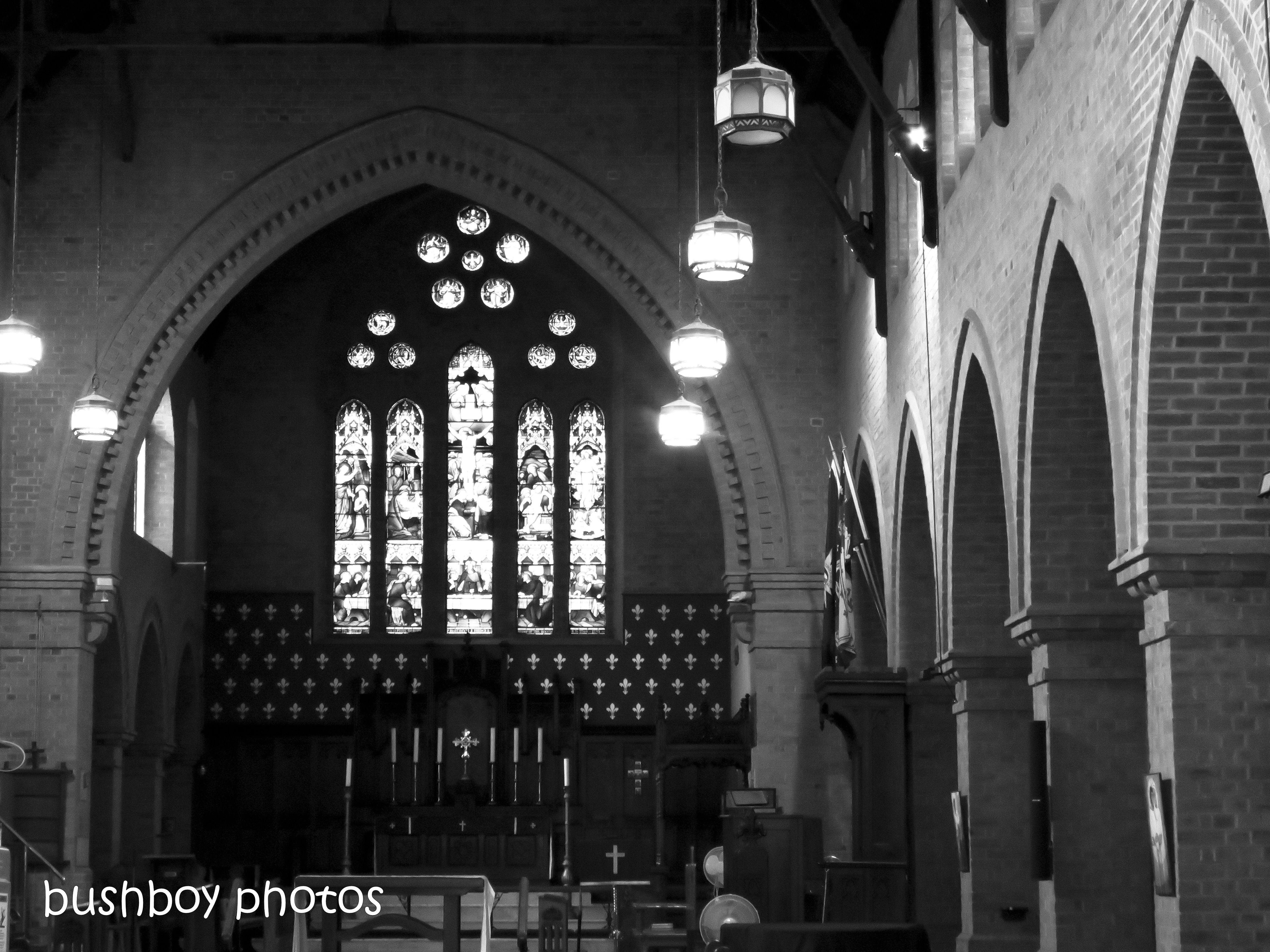 181016_blog challenge_things in a row_grafton_cathedral_inside