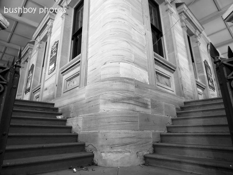 181020_blog challenge_b&w_step_stairs_grafton