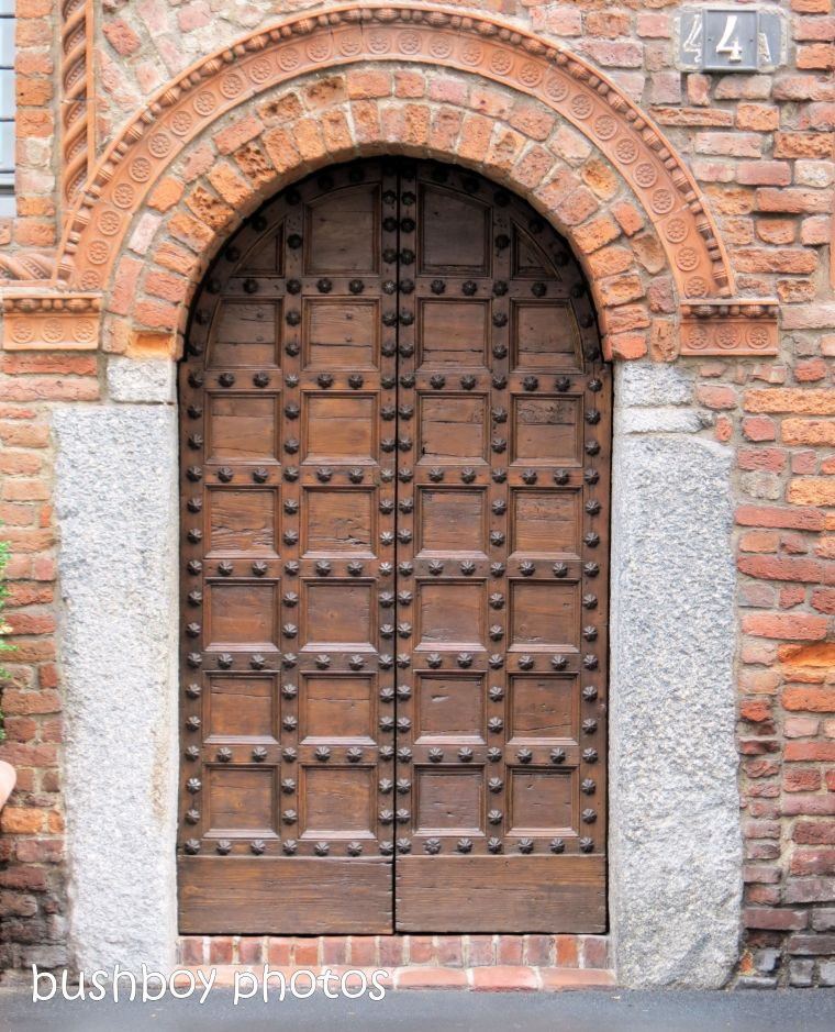 181020_blog challenge_door_milan