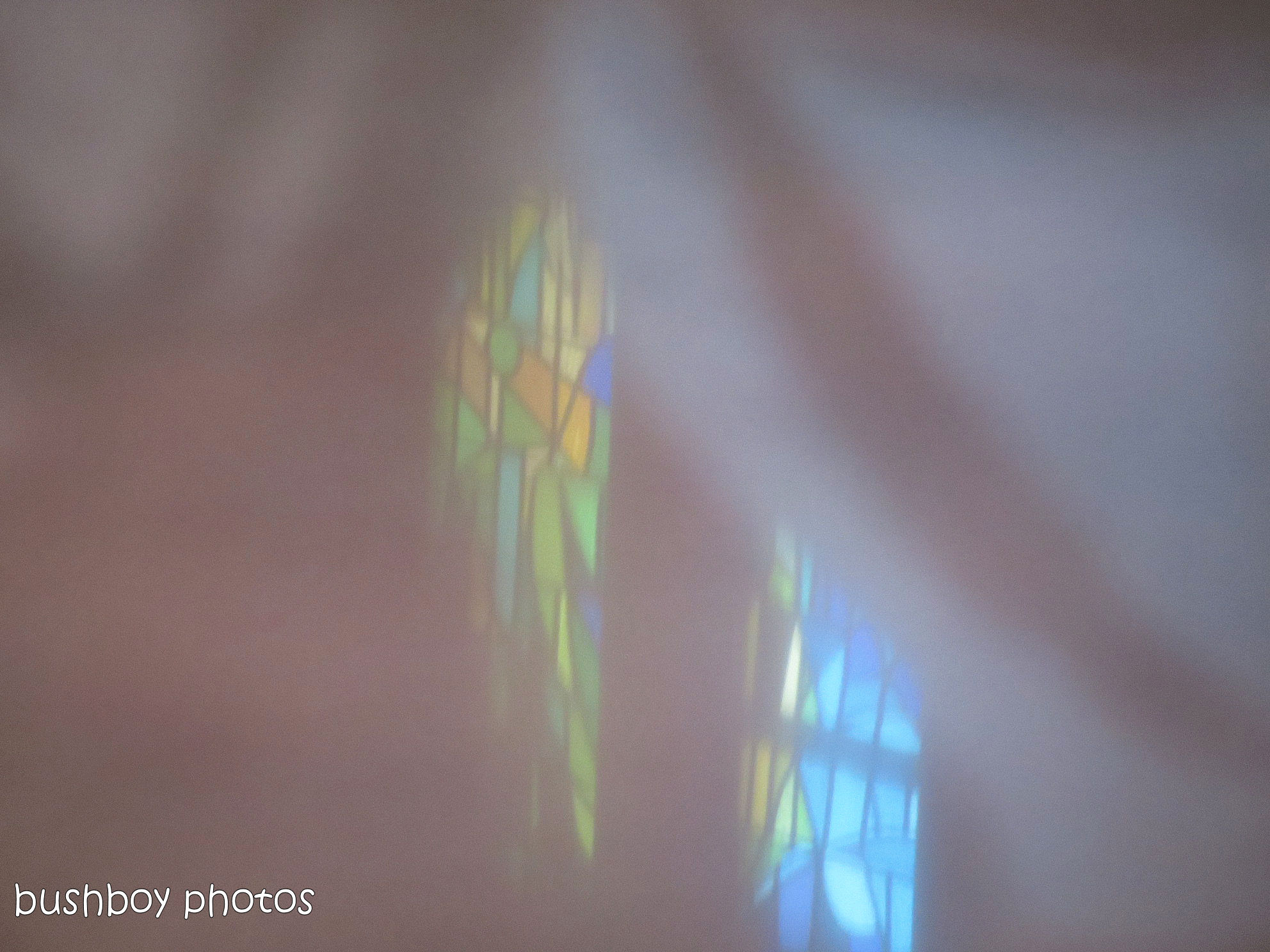 181031_blog challenge_reflection_sagrada familia_window1