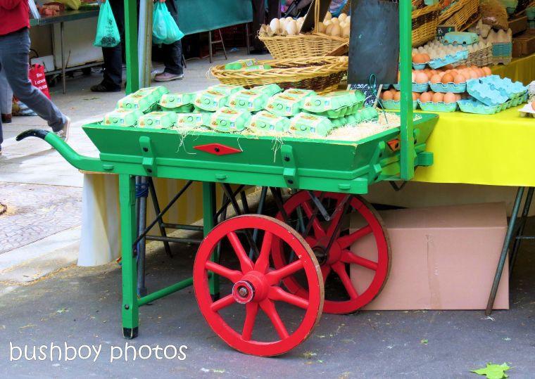 181109_blog challenge_wheels_circle_cart_market_paris