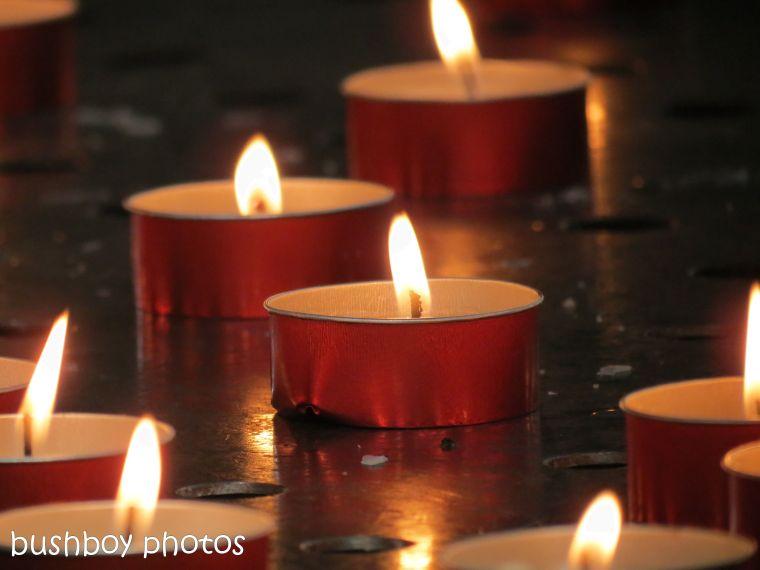 181111_blog challenge_light_candles_church