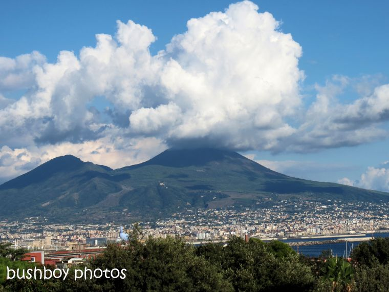 181112_blog challenge_mountain_vesuvius_naples