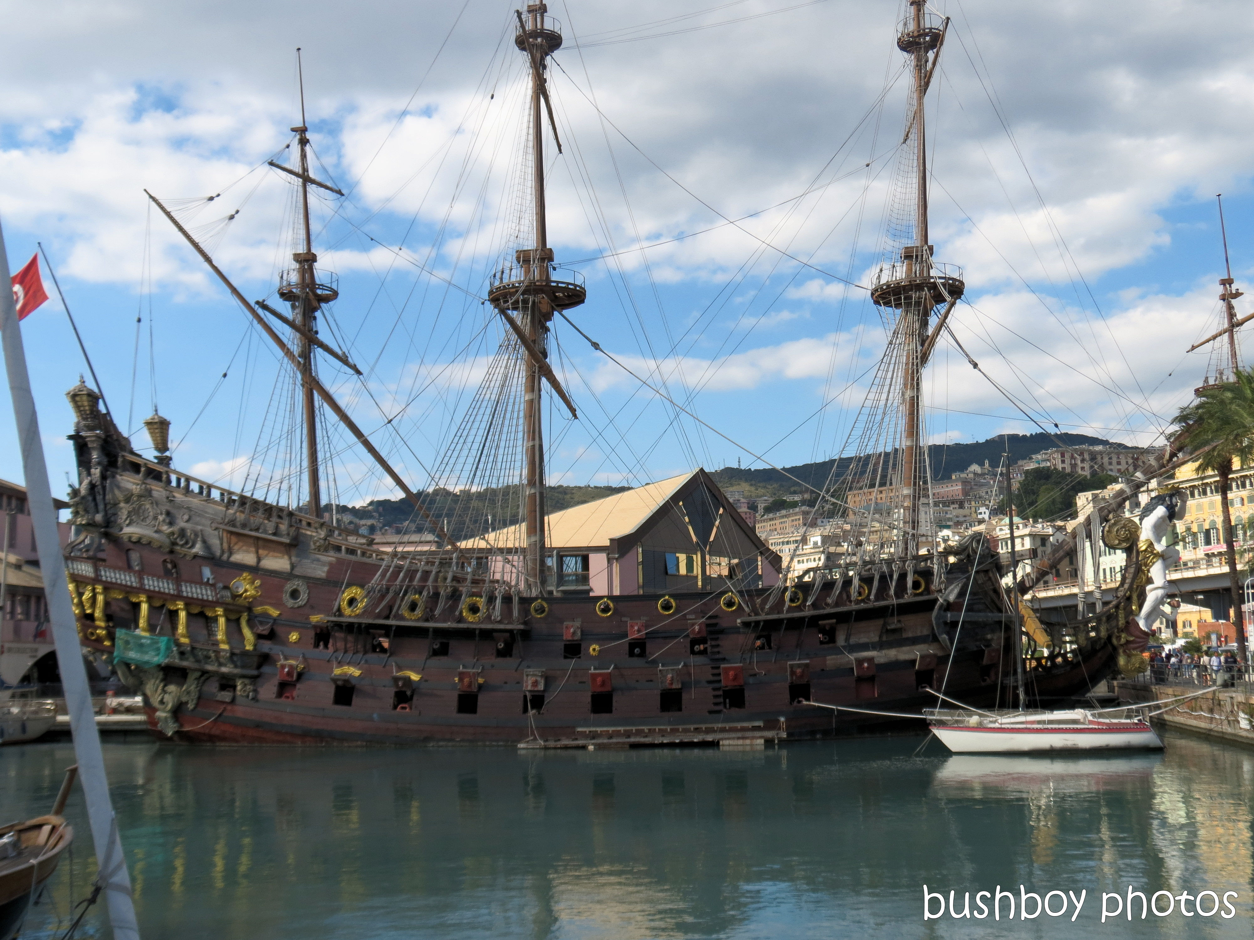 181120_blog challenge_boats_genoa