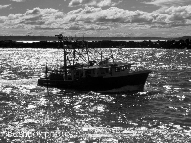 181212_blog challenge_blackandwhite_midweekmonochrome_boat_trawler_yamba