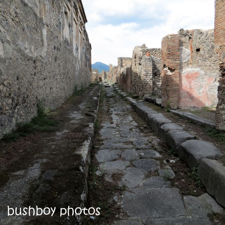 181213_time_square_pompeii2_turn_back_time