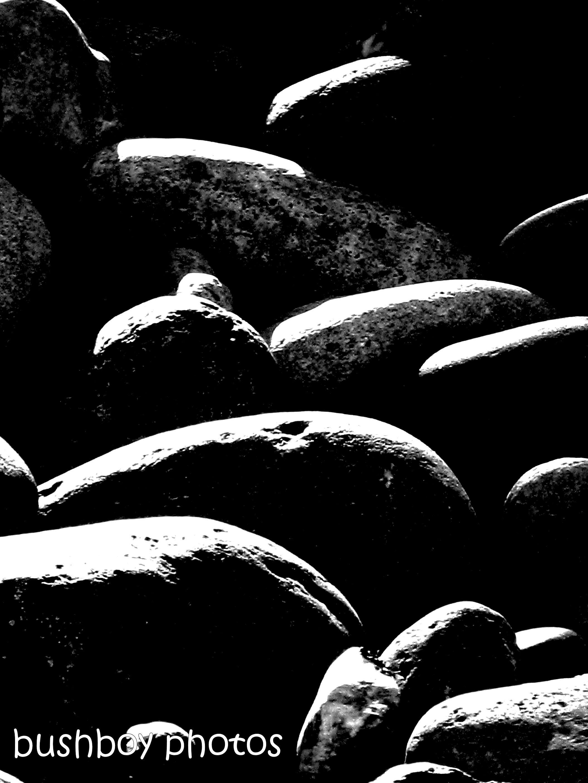 181214_blog challenge_blackandwhite_rocks_boulder_stones_shadow