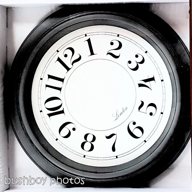 181214_time_square_clock_shop_out_of_time
