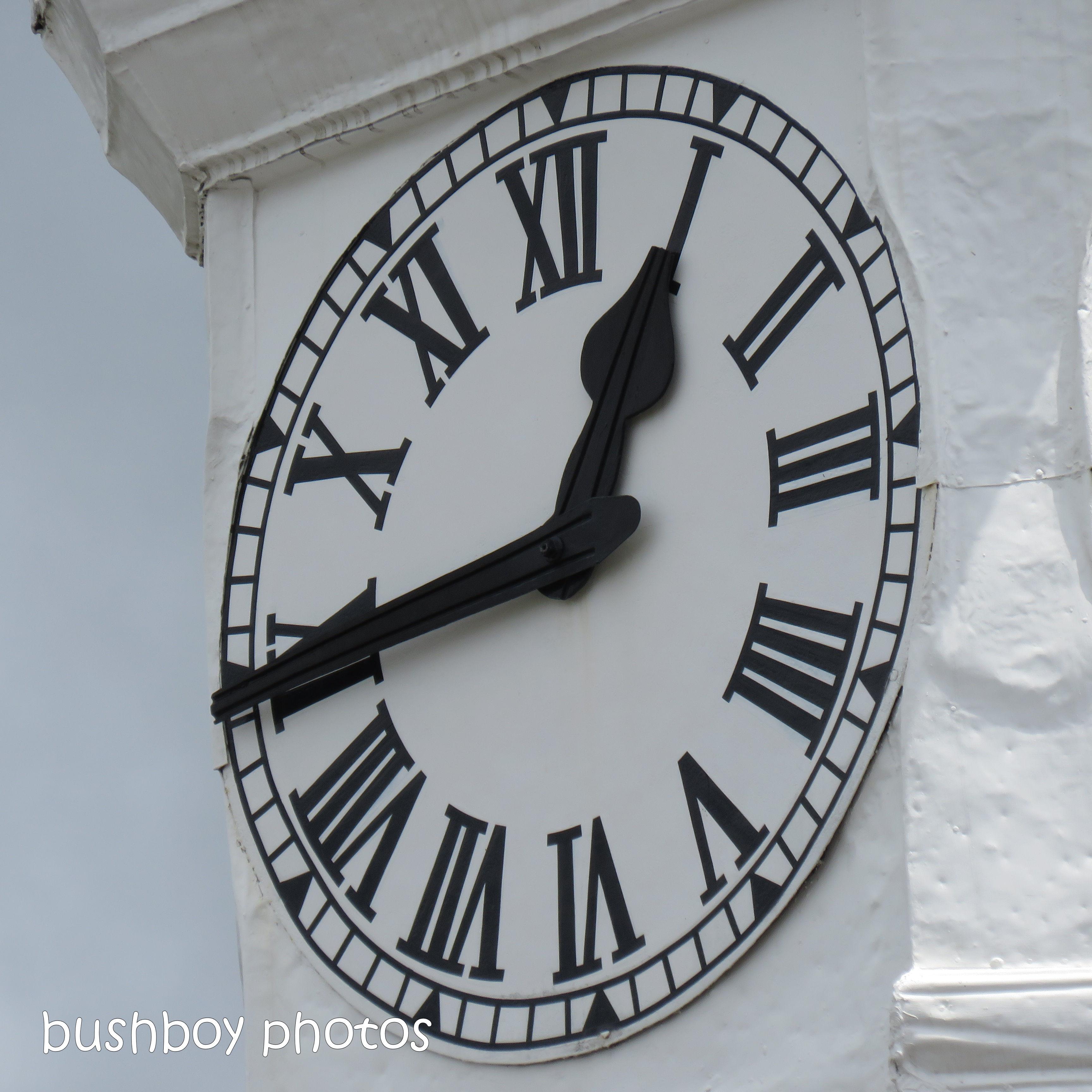 181227_time_square_clock_time