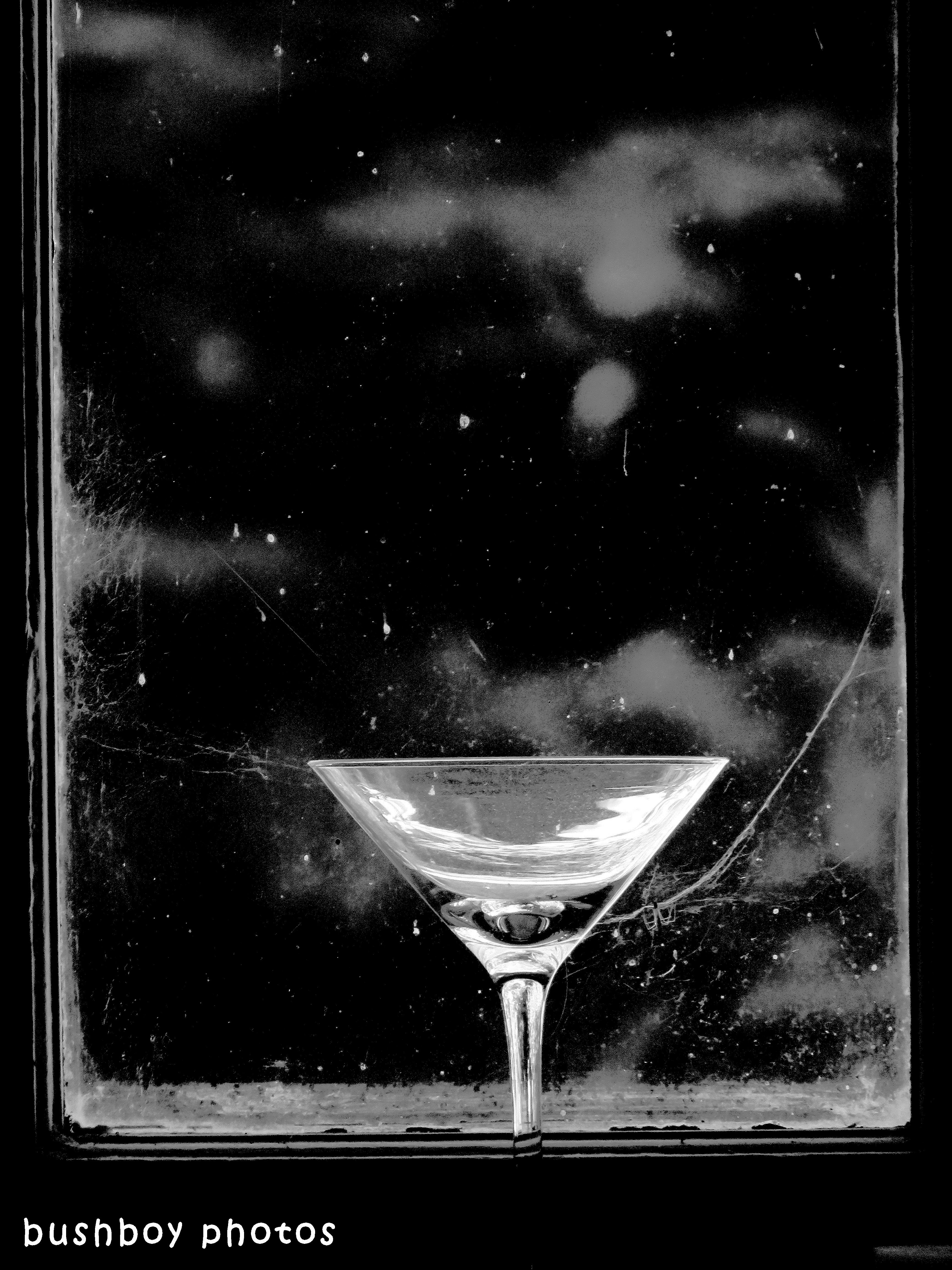 190222_blog_challenge_blackandwhite_isolated_objects_glass