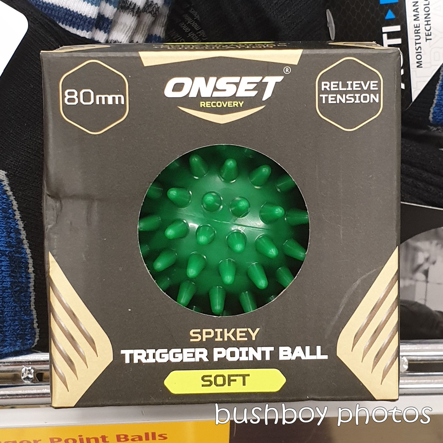 190303_spiky_square_ball_green