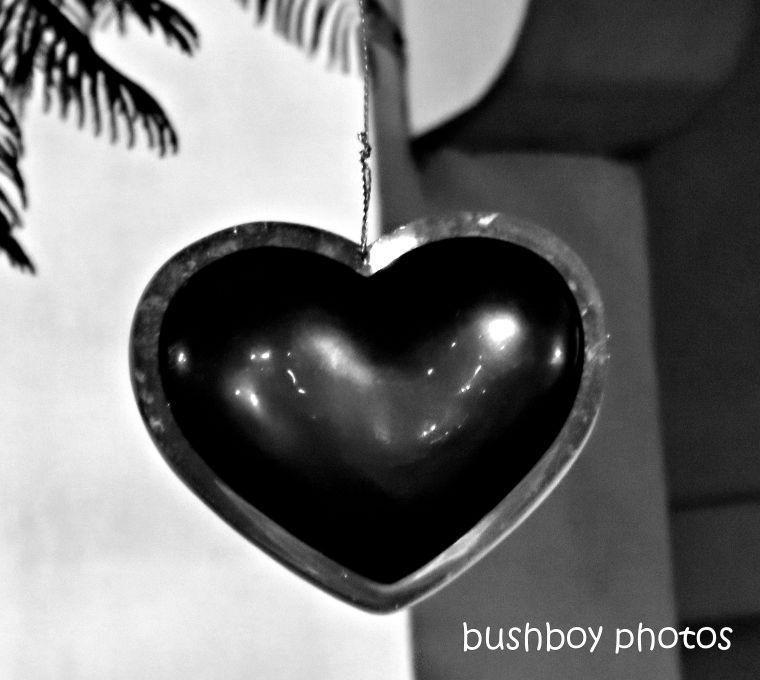 190614_blog_challenge_blackandwhite_heart_christmas