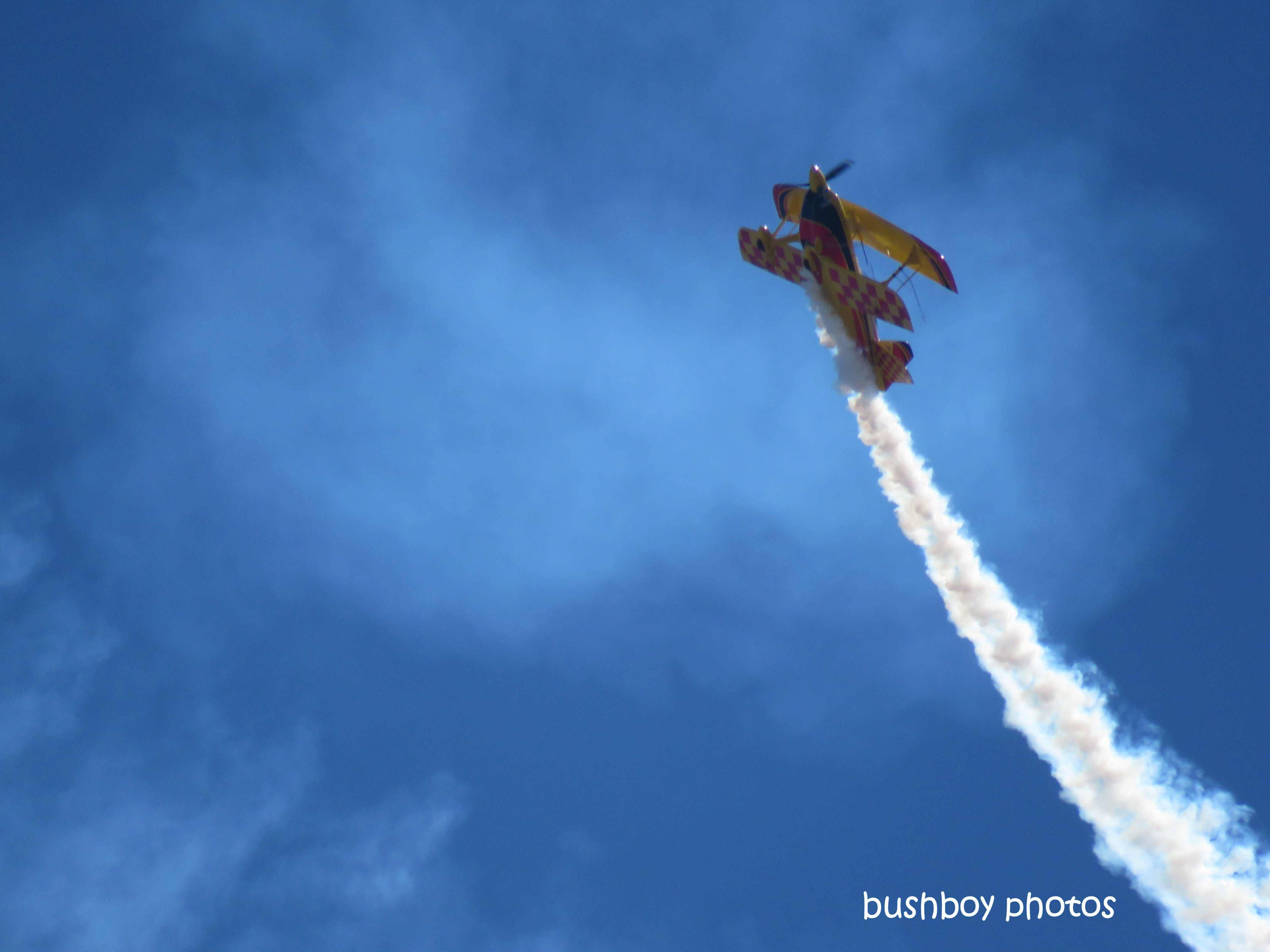 190710_blog_challenge_living_edge_stunt_plane1