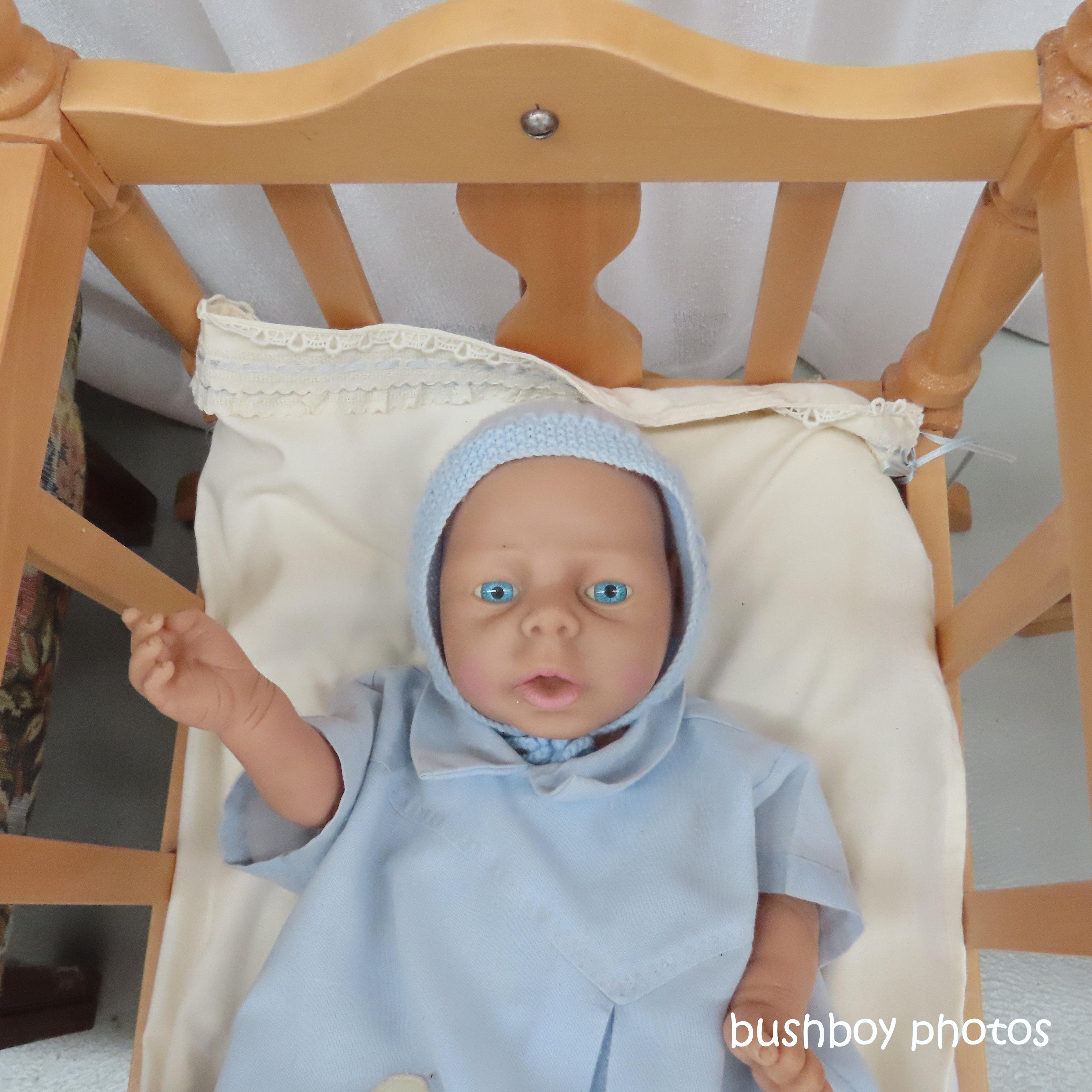 190723_blog_challenge_blue_doll_eyes2