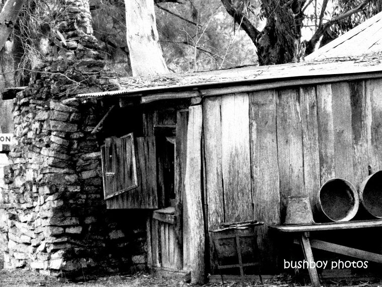190824_blog_challenge_blackandwhite_things_wood_house1_inverell