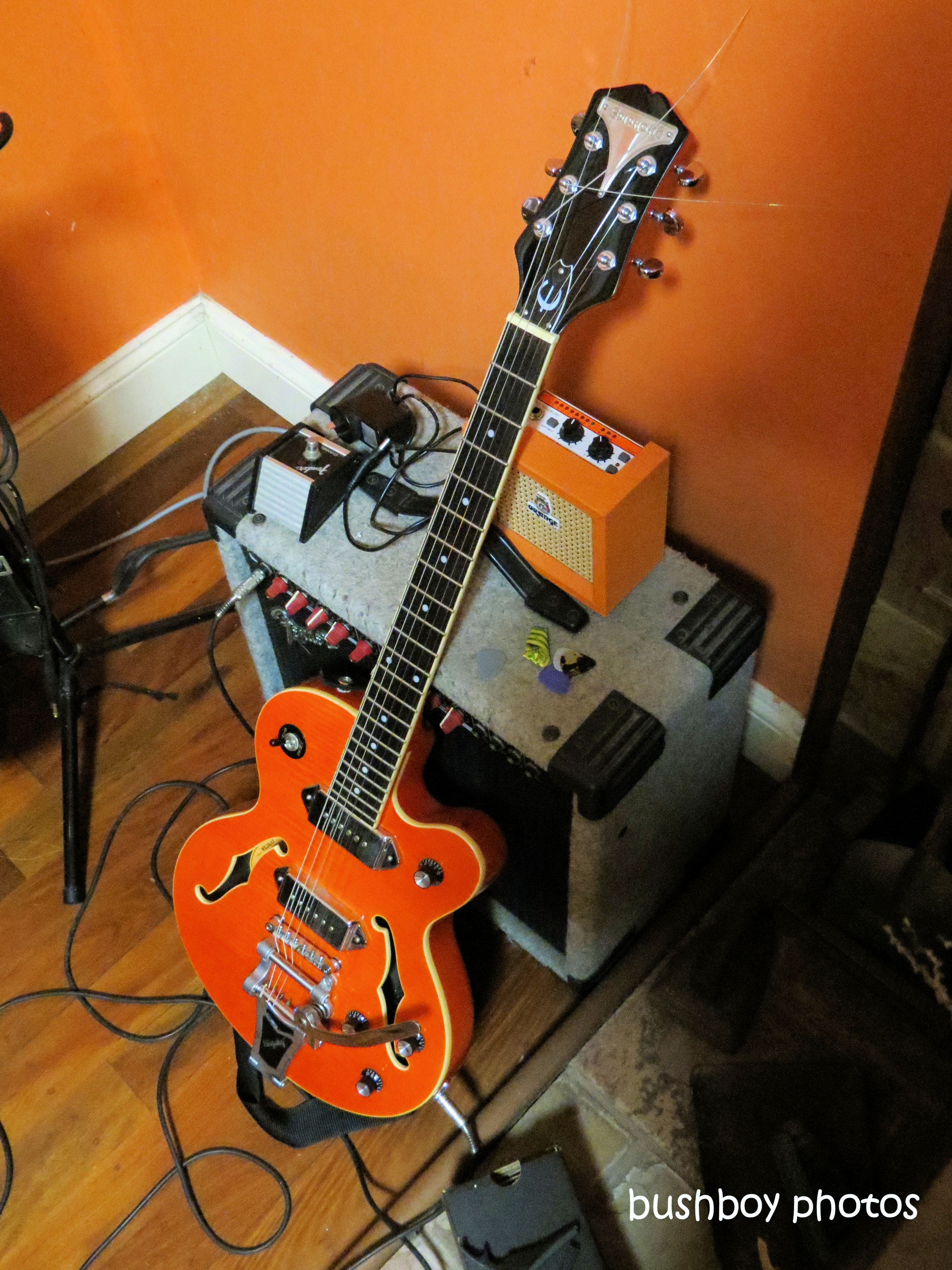 190910_blog_challenge_guitars_electric_epiphone