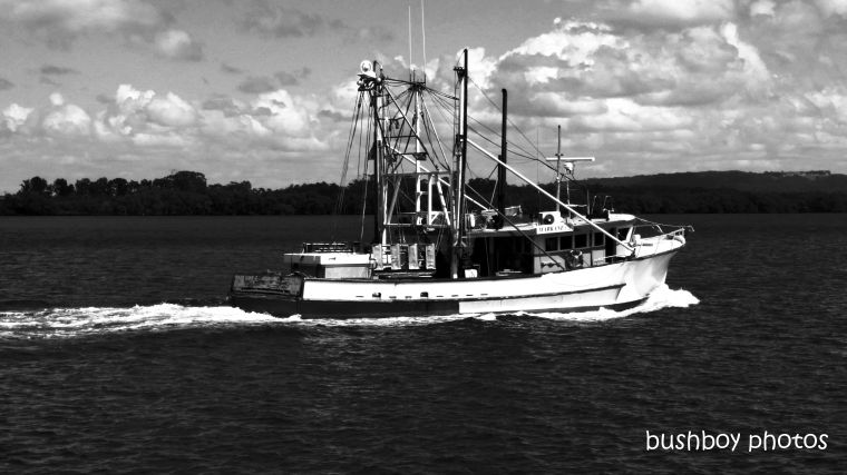 191004_blog_challenge_blackandwhite_side_of_things_trawler1