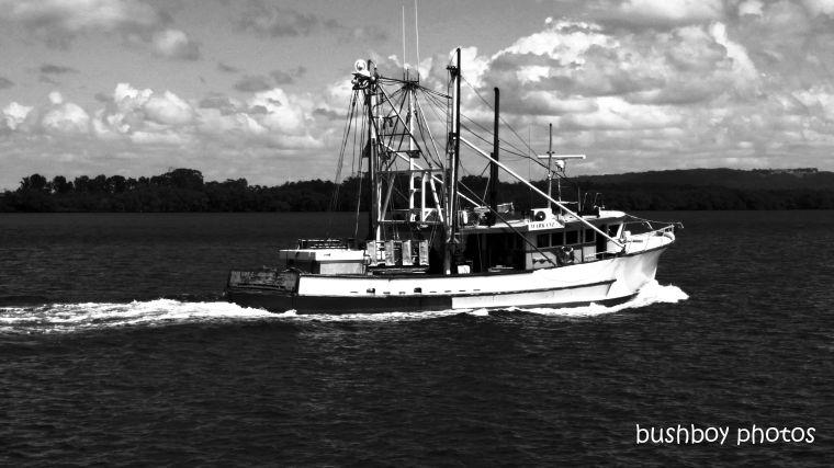 191004_blog_challenge_blackandwhite_side_of_things_trawler1