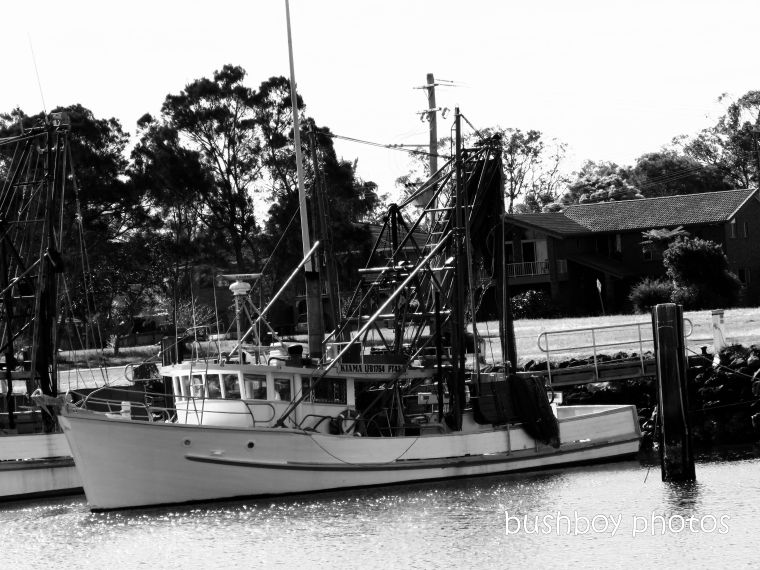 191004_blog_challenge_blackandwhite_side_of_things_trawler3